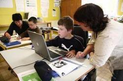 La Ville de Paris soutient les assistants de vie scolaire