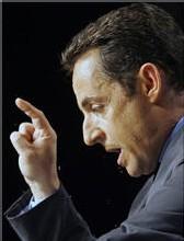 Le candidat UMP à la présidentielle Nicolas Sarkozy lors d'un meeting à Perpignan, le 23 février 2007