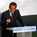 Sarkozy entend parler au centre mais sans éloigner les électeurs du FN