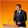 Bayrou ne donne pas de consigne de vote, annonce la création du parti démocrate