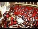Sondage : l'UMP obtiendrait 390 à 420 députés, le PS 110 à 154, selon CSA