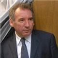 Le MoDem de Bayrou n'a pris 'aucun contact' avec le PS