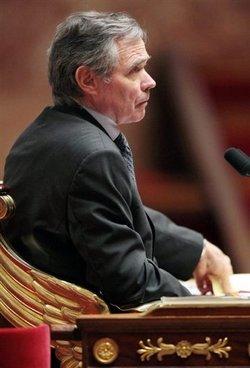 Après le rejet du texte internet, le président Accoyer convoque une conférence le 15 avril