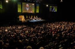 Rencontre entre l¹AdCF et Alain Marleix à la veille de la 20ème convention nationale Daniel Delaveau demande l'examen rapide des dispositions relatives à l'intercommunalité