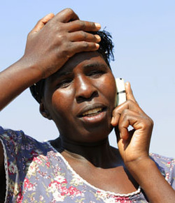 L'explosion des télécoms en Afrique subsaharienne : en 10 ans, 5 à 10 fois plus de téléphones mobiles que de télévisions ou de comptes bancaires !