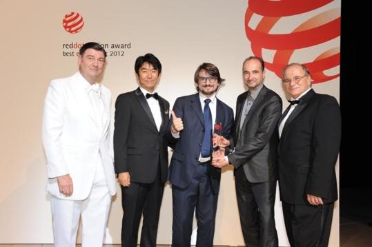 Renault Twizy sacré « best of the best 2012 » par le Red Dot Design Award