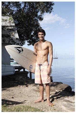 Samsung s'associe au jeune talent du surf français Paul-César Distinguin