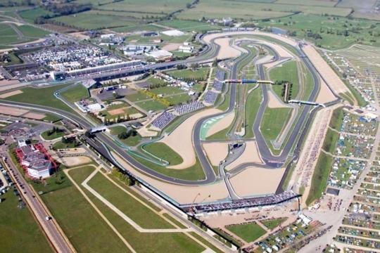 Le circuit de Nevers Magny-Cours accueille les essais de Formule 1 « Jeunes Pilotes »