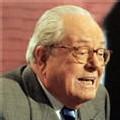 Le Pen lance à Bayrou : 'Vous êtes le Chevènement de 2007'