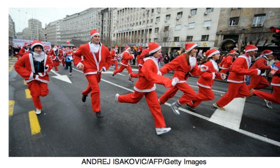 2 000 Pères Noël à Belgrade : La 5ème Course des Pères Noël dans la capitale