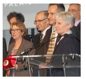 Geneviève Fioraso aux côtés de Pierre Tambourin, au centre, et de François Képès, à sa gauche