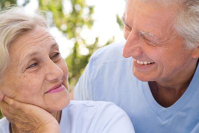 À la naissance dans l'UE27, les hommes et les femmes peuvent espérer vivre 62 ans en bonne santé… …et 9 années supplémentaires à l'âge de 65 ans