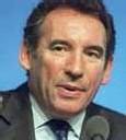 Bayrou compte sur des ralliements au soir du 1er tour