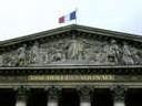 Sarkozy déplore la 'maladie française' de changer les institutions