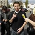 Démolitions de HLM en banlieue : 'C'est de l'épuration sociale' selon Besancenot