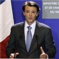 Résultats définitifs du 1er tour : Sarkozy 31,18%, Royal 25,87%, Bayrou 18,57%