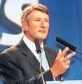 Philippe de Villiers appelle à voter pour Nicolas Sarkozy