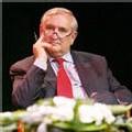 Raffarin opposé à la suppression du poste de Premier ministre