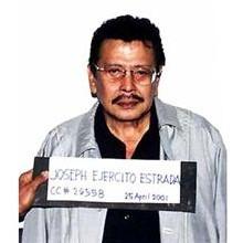 L'ancien président philippin Joseph Estrada condamné à vie