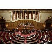 Tests ADN : Le Sénat adopte le principe sous sa forme édulcorée