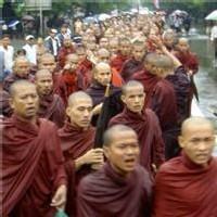 Le Japon coupe les vivres à la Birmanie