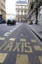 Taxis: Fillon annonce une concertation